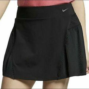 """Nike Women's Dri-Fit 15"""" Golf Skirt"""